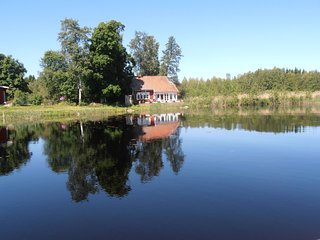 Lakeside Villa beautifully and very serenely situated Uppland Sweden - Uppsala vacation rentals