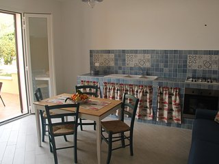 """Casa-vacanza """"Giardino di Giò"""" a due passi dal mare - Macari vacation rentals"""
