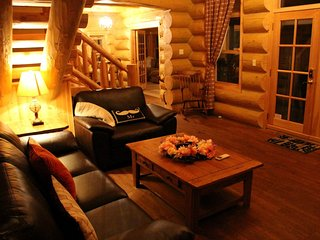 ChaletsOasis Lakefront 4 Bedroom Log Home - Milles Isles vacation rentals