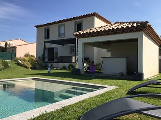 Nice Villa with Internet Access and A/C - Marguerittes vacation rentals