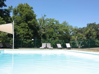 Luxury Historic Manor House, private pool, space to roam and dream. - La Chapelle Montbrandeix vacation rentals