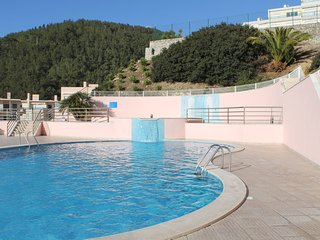 Apartment near beach with pool - Sesimbra vacation rentals