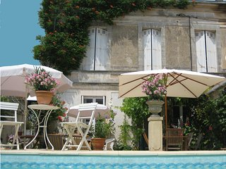 Charming 5 bedroom Mornac sur Seudre House with Internet Access - Mornac sur Seudre vacation rentals