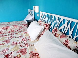 Colorful apartment 3 mins walk to stunning beach! - Terracina vacation rentals