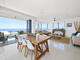 Stunning Sunshine Beach Penthouse - Sunshine Beach vacation rentals