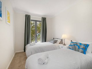 No.2 Clean Twin Bedroom With Shared Bathoom - Sydney vacation rentals