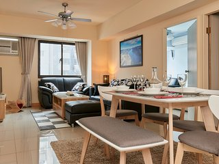 Stylish SOHO SOGO newly decorated Apartment - Taipei vacation rentals