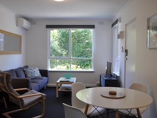 2 bedrooms, free wifi and parking - Murrumbeena vacation rentals