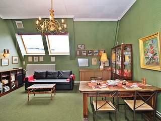 Comfortable 1 bedroom Condo in Innere Stadt with Internet Access - Innere Stadt vacation rentals