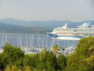 Magnifique 3 pièces à 500m du port de Santa Lucia - Agay vacation rentals