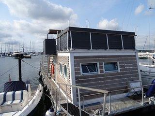 Hausboot Laboe Urlaub in der 1. Reihe mit einzigartigem Blick auf die Ostsee - Laboe vacation rentals