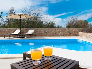 Villa in countryside with swimming pool - Zadar vacation rentals