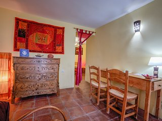 Nice House with Television and Microwave - Cortes de la Frontera vacation rentals