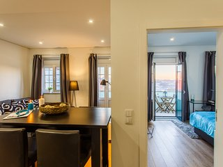 Feel Porto Historic Boutique Flat - Porto vacation rentals
