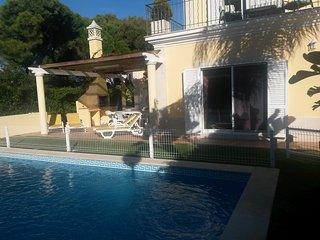 4 bed villa in Varandas do Lago - Almancil vacation rentals