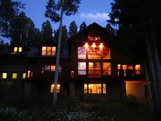 Spectacular 8 bedroom ski-in & ski-out luxury home - Mountain Village vacation rentals
