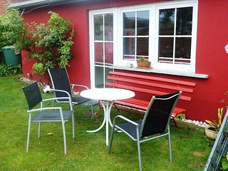 Vacation Bungalow in Stralsund -  (# 3860) - Stralsund vacation rentals