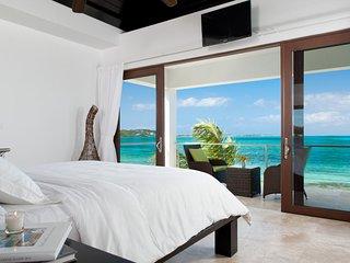 Sea Edge Villa on Grace Bay Beach - Providenciales vacation rentals