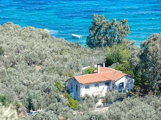 Private paradise by the sea - Glyfa vacation rentals