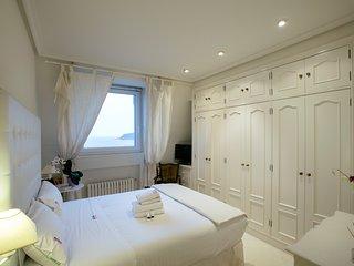 CASABLANCA apartment - PEOPLE RENTALS - San Sebastian - Donostia vacation rentals