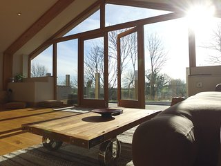 Raithby Hill Reservoir - Beautiful Eco house with stunning views - Raithby vacation rentals