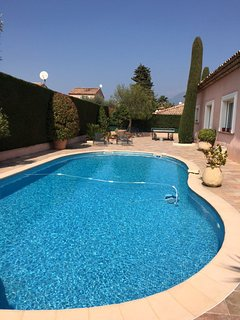 JdV Holidays Villa Helichrysum, with 4 bedrooms air conditioning and heated pool - Carros vacation rentals