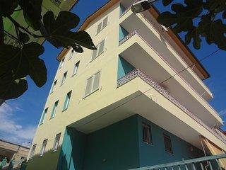Cozy 2 bedroom Condo in Tirana with Deck - Tirana vacation rentals