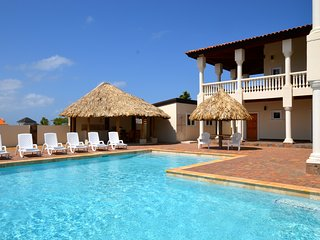 Luxurious Private Villa & Pool Kamay Hills located close to Palm Beach! - Noord vacation rentals