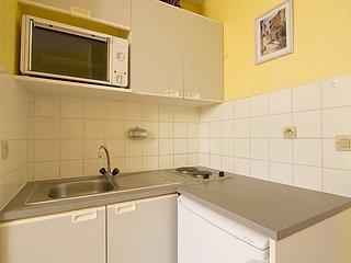 Apartment in the center of Le Lavandou with Lift, Balcony (103603) - Le Lavandou vacation rentals