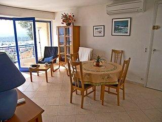 Apartment in the center of Le Lavandou with Air conditioning, Parking, Terrace - Le Lavandou vacation rentals