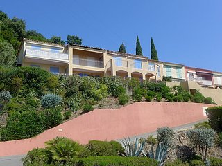 Apartment in Cavalaire-sur-Mer with Terrace, Parking, Washing machine (329493) - Cavalaire-Sur-Mer vacation rentals
