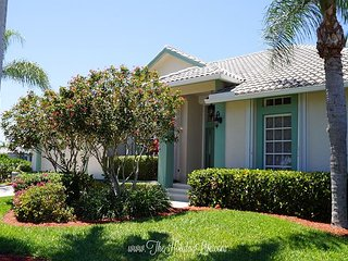 ADMIRALTY - Coastal Comfort on a Gulf Access Canal! - Marco Island vacation rentals