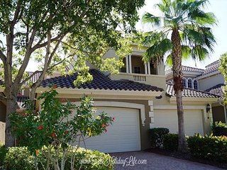 Varenna at Fiddler's Creek - Gorgeous Lake View, First Floor Coach Home! - Naples vacation rentals