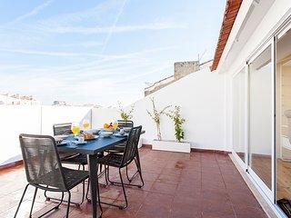 Graça Triplex Deluxe | RentExperience - Lisboa vacation rentals