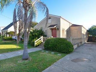 Cozy 3 bedroom House in Galveston Island - Galveston Island vacation rentals