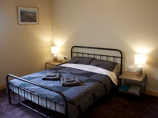 Nice 1 bedroom Bed and Breakfast in Staverton - Staverton vacation rentals