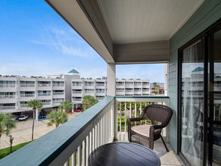 Lovely House with Internet Access and A/C - Galveston Island vacation rentals