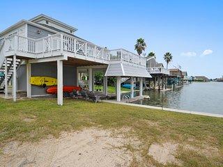The Pelican House - Jamaica Beach vacation rentals