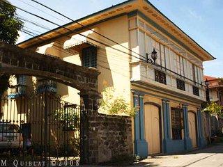 Villavicencio Wedding Gift House - Taal vacation rentals