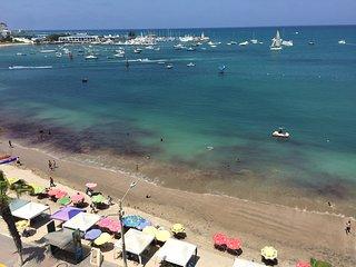 Salinas Beach Condo : An Entire Floor Perfectly Center on the Malecon - Salinas vacation rentals