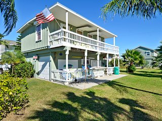 Nice House with Deck and Shared Outdoor Pool - Galveston vacation rentals