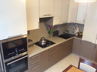 Comfortable 3 bedroom Apartment in Adler with Internet Access - Adler vacation rentals