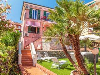 Comfortable 2 bedroom Vacation Rental in San Lorenzo al Mare - San Lorenzo al Mare vacation rentals