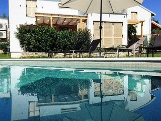 Casa Bamboo - apartment no 4 with the pool - Banjole vacation rentals