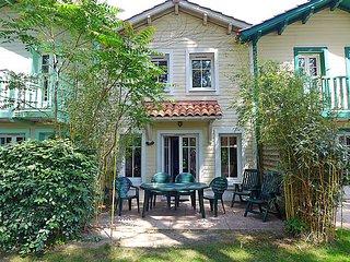 3 bedroom Villa in Lacanau, Gironde, France : ref 2286413 - Lacanau-Ocean vacation rentals