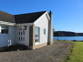 Ard na Mara, waterfront holiday cottage on Skye - Uig vacation rentals