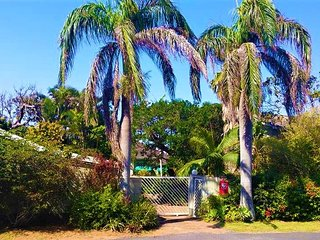 Nice House with Washing Machine and Trampoline - Port Shepstone vacation rentals