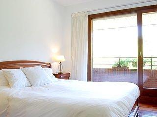 PALACE apartment - PEOPLE RENTALS - San Sebastian - Donostia vacation rentals