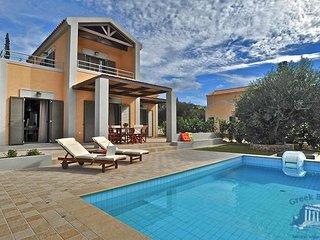 Villa in Kefalonia : Svoronata Ianthes Villas - Iva - Minia vacation rentals