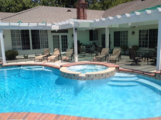 5000 Sq.F(500m2),16miles to Disneyland, gated,pool - Diamond Bar vacation rentals